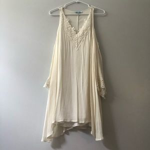 Cream flowing dress with lace